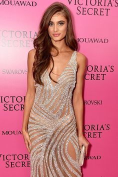 The Stunning Looks You Have To See From The Victoria's Secret Fashion Show After-Party Taylor Hill Hair, Taylor Hill Style, Taylor Marie Hill, Runway Fashion, Girl Fashion, Fashion Beauty, Fashion Outfits, Victoria's Secret, Dress Attire
