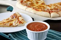 Easy pizza sauce~very basic, yummy tomato pizza sauce (and no sugar so Chris likes it)