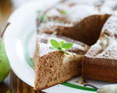 Gâteau minceur aux poires et au fromage blanc 0% : http://www.fourchette-et-bikini.fr/recettes/recettes-minceur/gateau-minceur-aux-poires-et-au-fromage-blanc-0.html