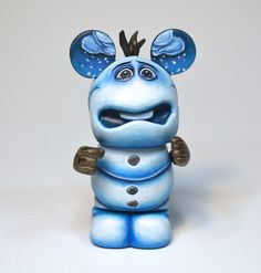 Noseless Olaf Custom Vinylmation by Jared Circusbear