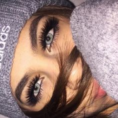 42 sexy eyes makeup looks for every occasion 41 Gorgeous Eyes, Pretty Eyes, Cool Eyes, Natural Contact Lenses, Eye Contact Lenses, Lenses Eye, Coloured Contact Lenses, Aesthetic Eyes, Bad Girl Aesthetic