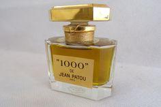 Flacon de parfum factice 1000  de Jean Patou Paris en cristal de Baccarat 1972 / vintage France / collection parfum / de la boutique decobrock sur Etsy