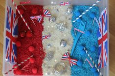 Patriotic sensory tub for babies and toddlers to explore - via the Imagination Tree.