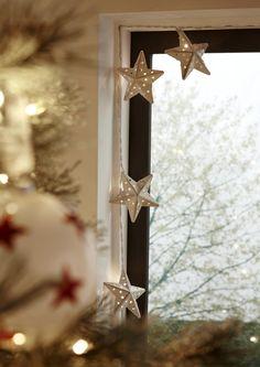 Scandi Christmas, Christmas Tree Garland, Christmas Decorations, Scandi Style, Nordic Style, Scandinavian Style, Fluffy Cushions, Twinkle Lights, Food Festival