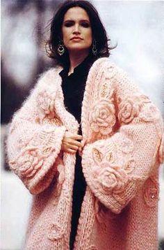 Розовое пальто из мохера с розами   Шкатулочка для рукодельниц