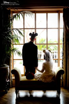 Silhouette wedding photo for the true Disney fan #Disney #wedding #photography