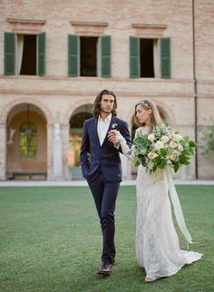 A Modern Mythology Styled Shoot by Magnolia & Magpie Photography | SouthBound Bride