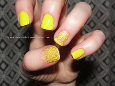 yellow circles and solid #nailart #circles