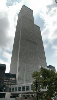 ground zero nyc The Twin Towers World Trade Center 2001, World Trade Center Collapse, World Trade Center Attack, Trade Centre, Ground Zero Nyc, New York Tours, Aerial View, What Is Like, New York City