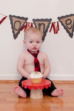 One year old boy photos, baby photography, first birthday