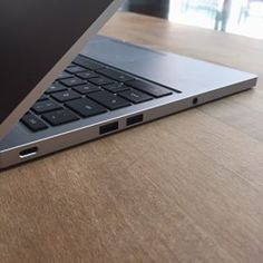 @Google's #ChromebookPixel with two USB-C ports. Here's one of them!