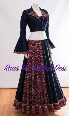 CHANIYA CHOLI 2018 Silk Chania with designer brocade blouse and contrast dupatta Indian Fashion Dresses, Indian Gowns Dresses, Dress Indian Style, Indian Designer Outfits, Indian Outfits, Indian Clothes, Indian Wear, Choli Blouse Design, Choli Designs