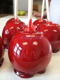 Hard Cinnamon Candy Apples | Taryn Kincaid: HOWLOWEEN Blog Hop!
