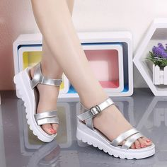 Summer shoes plus size flat sandals 2017 new Korean thick bottom sandals female students shoes women small Girls Glitter Shoes, Girls Shoes, Shoes Women, Oxford Shoes Heels, Sneaker Heels, Fashion Heels, Fashion Boots, Korean Shoes, Comfortable Work Shoes