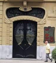 Art Nouveau doors Spain. Art Nouveau Architecture, Awesome Doorway