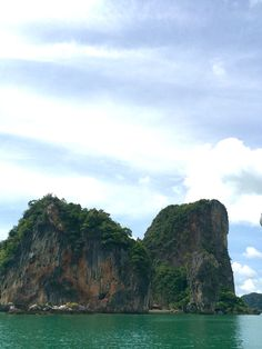 Boating in #Thailand's Phang Nga Bay - driving by James Bond Island