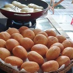 Kue Sapao / Cincin ala Bangka. By @ayuaudrey9 Pretzel Bites, Bread, Diet, Food, Brot, Essen, Baking, Meals, Breads