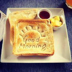 I messaggi del buongiorno. #coffee #toast #goodmorning