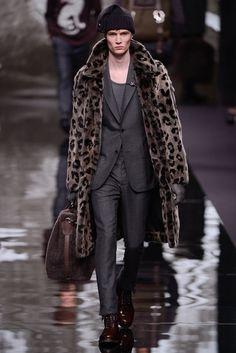 Louis Vuitton Fall 2013 Menswear Fashion Show