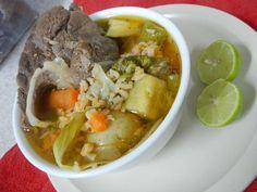 Caldo de Res comida mexicana.