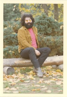 11/20/1969  Jerry at Mickey's Ranch, Novato, CA.  Photographer:Rosie McGee