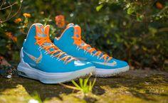"""Nike KD V """"Easter"""""""