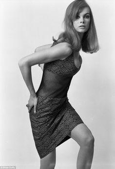 Jean Shrimpton, Vogue, 1965.Photo Brian Duffy.