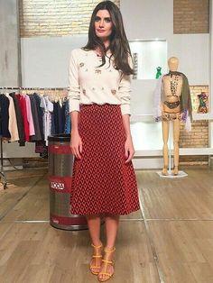 Isabella Fiorentino. #Modest doesn't mean frumpy! #style #fashion www.ColleenHammond.com