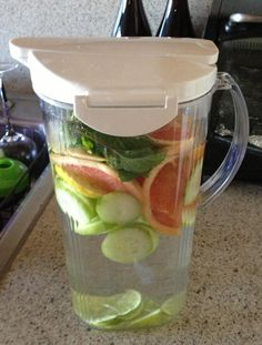 Detox watergrapefruit lemon lime cucumber mint If your enjoying our pins why not come and visit our site where you'll find much more smoothie info. Detox Water Grapefruit, Cucumber Water Benefits, Mint Detox Water, Cucumber Detox Water, Lemon Water, Diet Drinks, Yummy Drinks, Healthy Drinks, Beverages