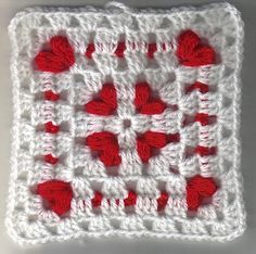 Such a beautiful little square for a lovely baby blanket, or maybe a gift for a bride! This adorable Cornered Hearts Square by Elizabeth Ham can be easily done with very little ends to weave in. The video tutorial is excellent and wonderfully presented and with great instructions for beginners. This is a great square for …