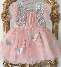 Kids Dress Wear, Kids Outfits Girls, Toddler Girl Dresses, Little Girl Dresses, Girl Outfits, Girls Dresses, Flower Girl Dresses, Baby Girl Birthday Dress, Birthday Dresses