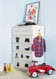 Create labels for your little ones chest of draws to help them learn to put things away!