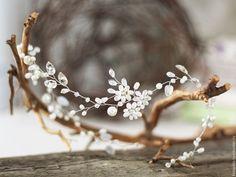 Купить Свадебное украшение для прически. Украшение свадебное. Веточка. Тиара. - гребень свадебный, гребень для волос