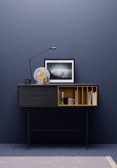 Dark grey and cognac console by Treku