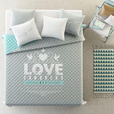 Obojstranný prehoz na posteľ LOVE Bed Pillows, Pillow Cases, Home, Pillows, Ad Home, Homes, Haus, Houses