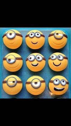 Minion cupcakes, I wish I was talented enough to do them