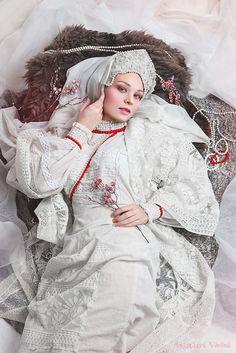 Photo: Anastasya Vorona MUA: Vera Melkumova Model: Юлия Филь