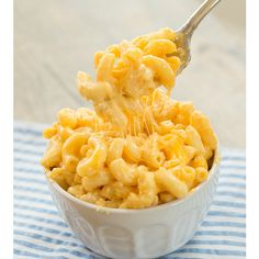 Slow Cooker Macaroni and Cheese ❤ liked on Polyvore featuring food