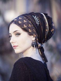 Искусство повязать платок