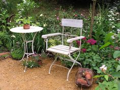 Peace and quiet.   Photograph from www.crinklecrankle.com