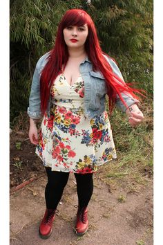 if i get fatter i'll grow my hair out and color it red and i'll be gorjuzzzz again HAHAHA