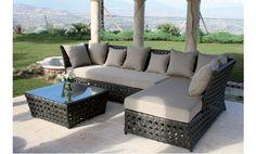 Mobiliario jardín en ratan de Majestic Garden. Mesa baja y chaise longue. Ofertas de jardin.