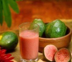 Suco de goiaba é excelente tratamento para gastrite | Cura pela Natureza.com.br