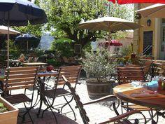 """Restaurant """"L'Ecole Des Filles"""", Côte d'Azur."""