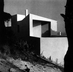 Ugalde House in Caldes Dd'Estranc 1952 - Jose Antonio Coderch #Barcelona #Catalonia