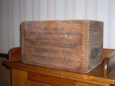 Antique-Vintage UMC Cartridge-New Club-Ammo-Shell Box-Crate-Remington-12 Ga.