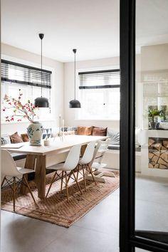 Kitchen Banquette, Kitchen Benches, Kitchen Dining, Kitchen Decor, Kitchen Ideas, Dining Area, Dining Table, Design Tisch, Condo Decorating