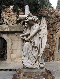 angel an cross