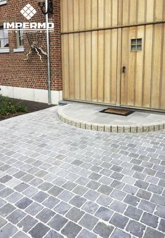 Cobblestone Patio, Driveway Edging, Terrace Tiles, Outdoor Paving, Garden Design, Landscape Design, Front Gate Design, Garden Office, Terrazzo