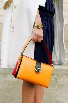 Salvatore Ferragamo primavera estate 2014 - #bags #bag #yellow